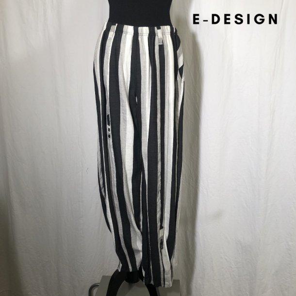 E-Design stribet klassisk buks med indsnit sand/sort/kit