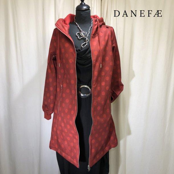Danefæ regnfrakke med hætte bordeaux med bomber