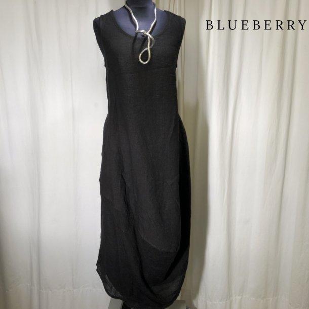 BlueBerry hørkjole med sving forneden sort