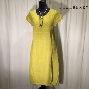 dd42caa10783 BlueBerry hørkjole med kort ærme limegul
