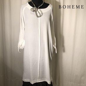 11e53e452c40 Boheme kjole tunika råhvid