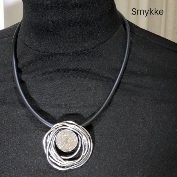 Design smykke snirkel med sten