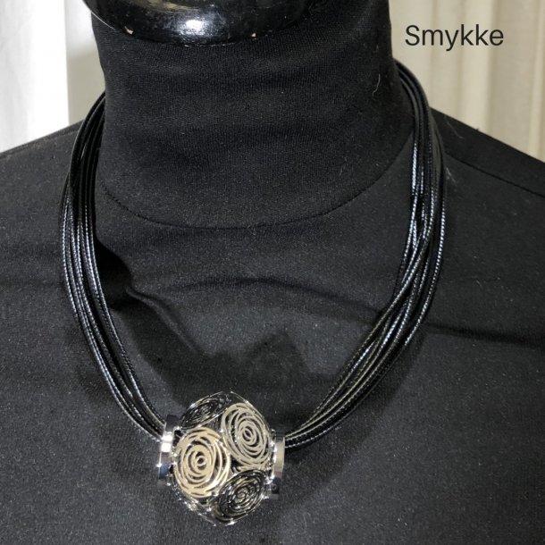 Design smykke med blank vedhæng