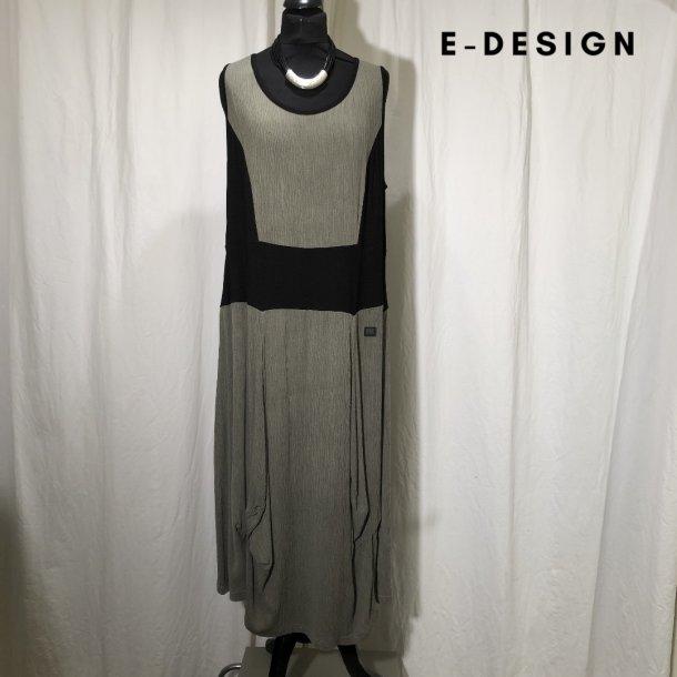 E-Design kjole med indsat stykke lys khakigrøn